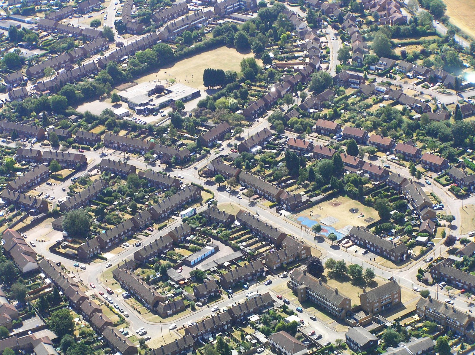 Large photo of Hertford from the air
